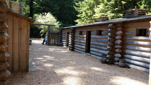 Fort Clatsop courtyard