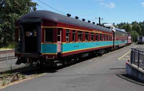 Mt Hood Railroad train