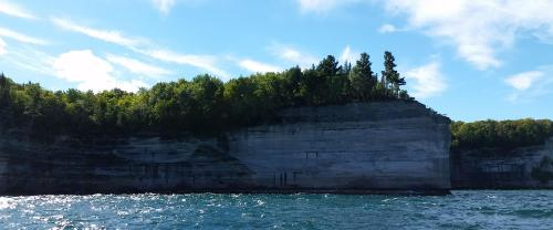 pictured-rocks-battleship-rock