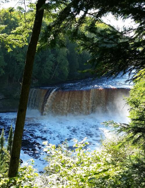tahq-falls-upper-falls-1