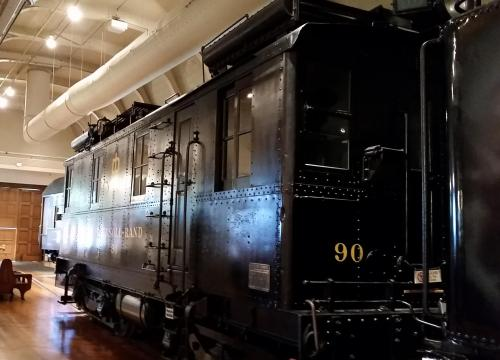 ford-museum-1926-oil-electric-locomotive