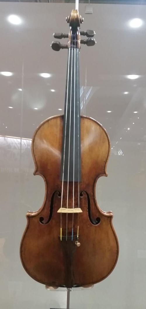 ford-museum-stradivarious-2