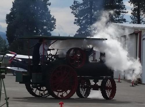 waam-1910-tractor