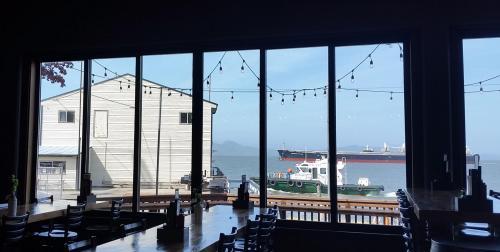 OR Astoria pilot boat and ship Astoria Brewing Co