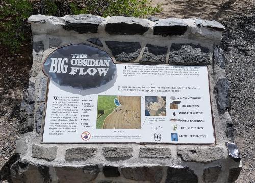 OR Newberry Big Obsidian Flow sign 1 190625