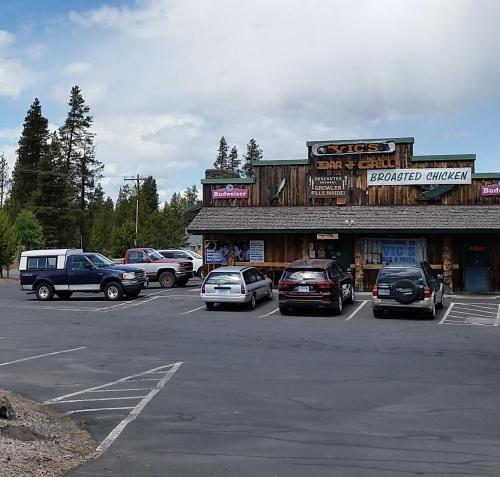 OR Newberry La Pine Vics Tavern 190625